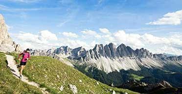 running vacation italian dolomites